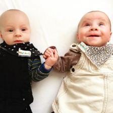 lactancia materna con gemelos
