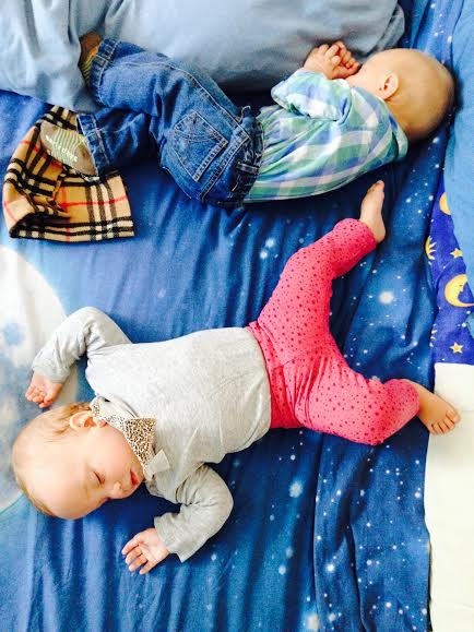 gemelos siesta